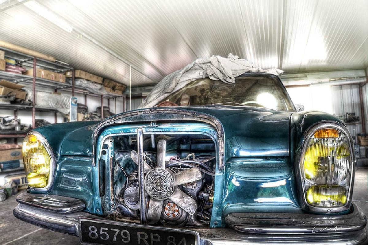 motor garage -