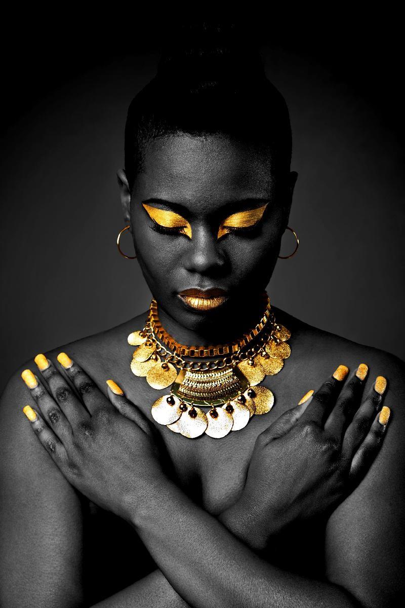 GOLD FEMME BLACK