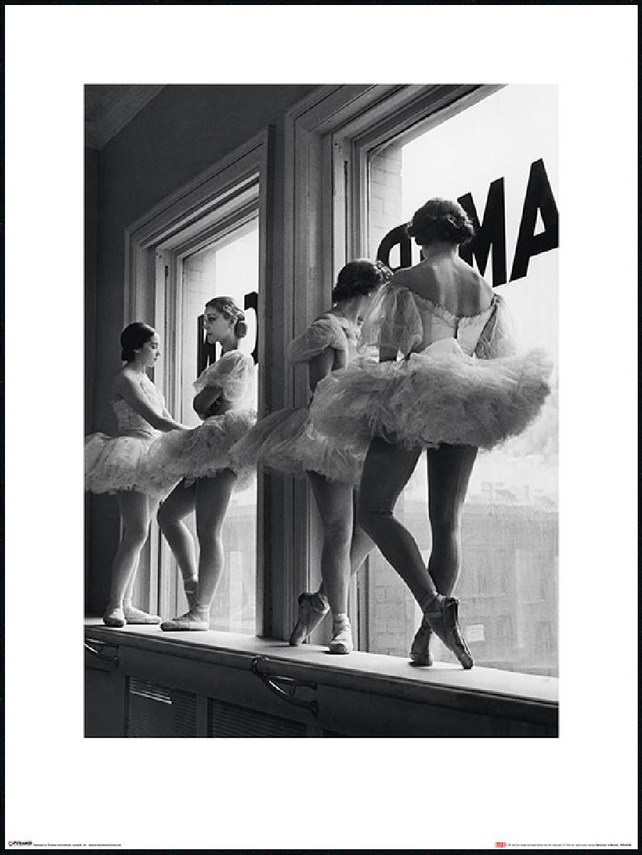 ballerines window